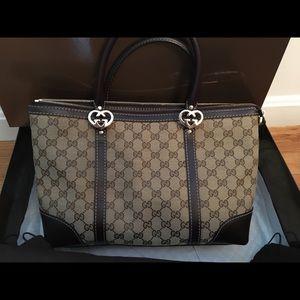 Gucci Handbag - used 1 time